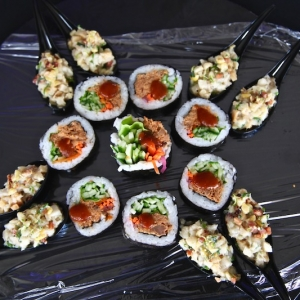Tartare de tataki d'escolar et Sushi au porc effiloché